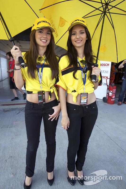 Dunlop girls