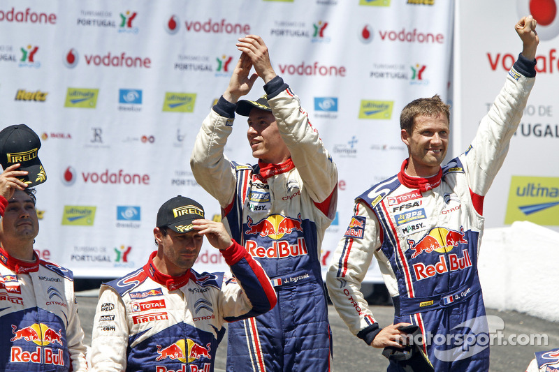 Podium: winnaars Sébastien Ogier en Julien Ingrassia, 2de Sébastien Loeb en Daniel Elena
