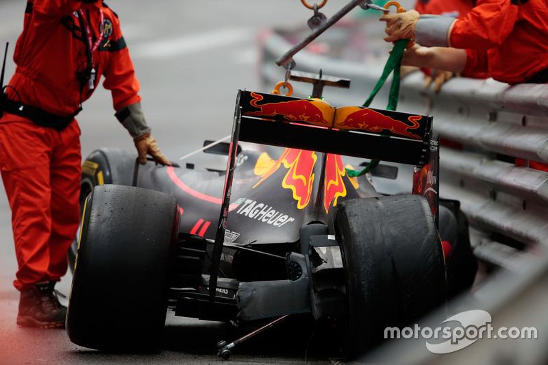 Макс Ферстаппен, Red Bull Racing RB12 розбив машину
