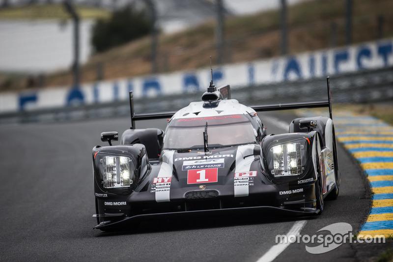 #1 Porsche Team - LMP1