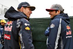 Max Verstappen, Red Bull Racing con Carlos Sainz Jr., Scuderia Toro Rosso