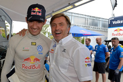 Sébastien Ogier, Volkswagen Motorsport, mit VW-Sportchef Jost Capito