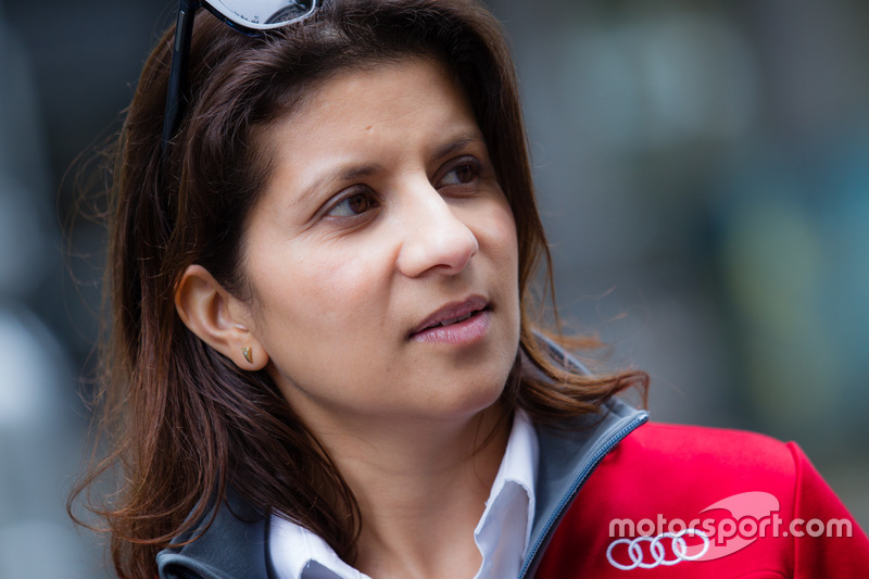 #7 Audi Sport Team Joest Audi R18: race engineer Leena Gade