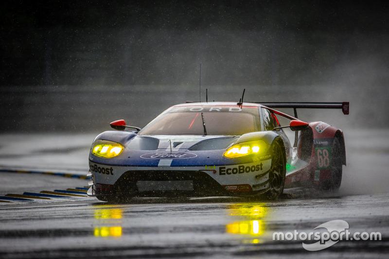 28: (GTE PRO Pole) #68 Ford Chip Ganassi Racing Ford GT: Joey Hand, Dirk Müller, Sébastien Bourdais