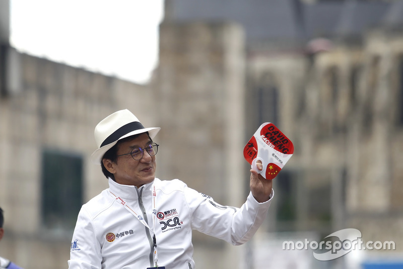 Jackie Chan, aktör