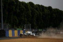 Crash, #30 Extreme Speed Motorsports, Ligier JS P2 Nissan: Scott Sharp, Ed Brown, Johannes van Overbeek