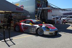 #45 Flying Lizard Motorsports Porsche GT3R: Andy Wilzoch