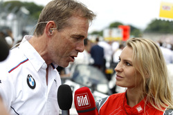 Dirk Adorf dan Doreen Seidel di starting grid