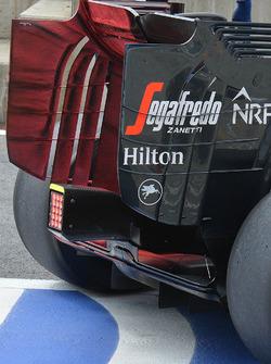 The McLaren rear wing and floor