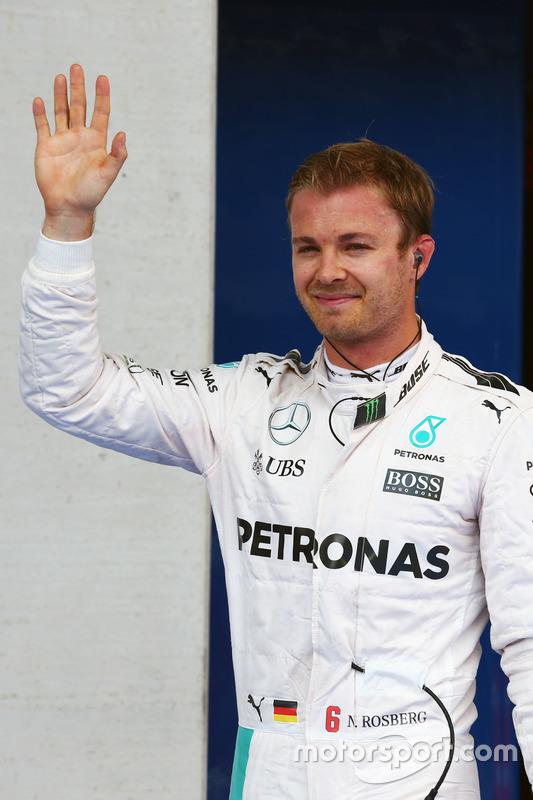 Nico Rosberg, de Mercedes AMG F1 celebra en parc ferme