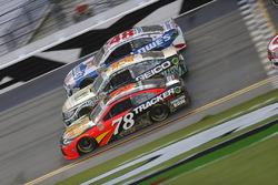 Martin Truex Jr., Furniture Row Racing Toyota, Casey Mears, Germain Racing Chevrolet, Jimmie Johnson, Hendrick Motorsports Chevrolet