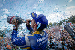 The Podium: Champion Sébastien Buemi, Renault e.Dams
