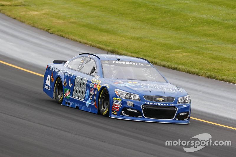 # 4: Дейл Ернхардт-молодший (NASCAR)