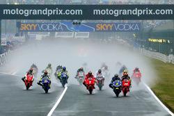Start zum ersten Rennen in der Geschichte der MotoGP-Klasse