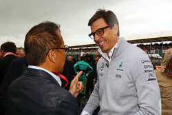 Toto Wolff, Mercedes AMG F1 Shareholder and Executive Director on the grid