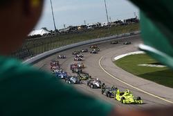 Start: Simon Pagenaud, Team Penske, Chevrolet, führt