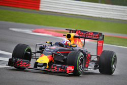 Pierre Gasly, testrijder Red Bull Racing RB12