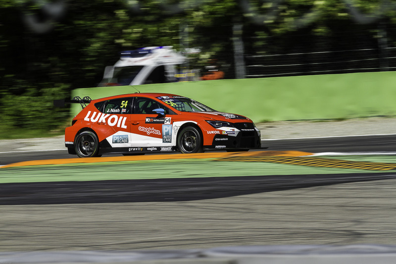 tcr-monza-2017-54-james-nash-lukoil-craf