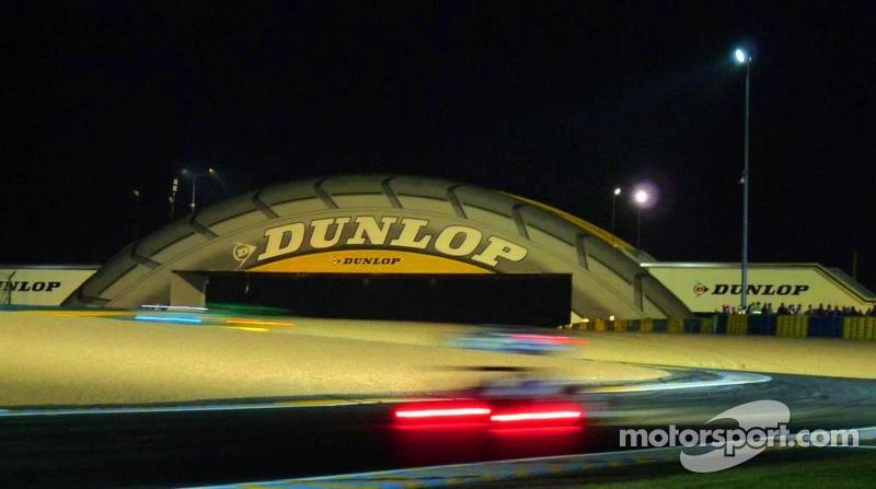 Dunlop bridge at midnight