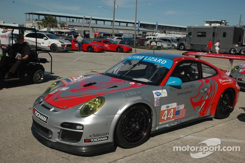 Flying Lizard Porsche