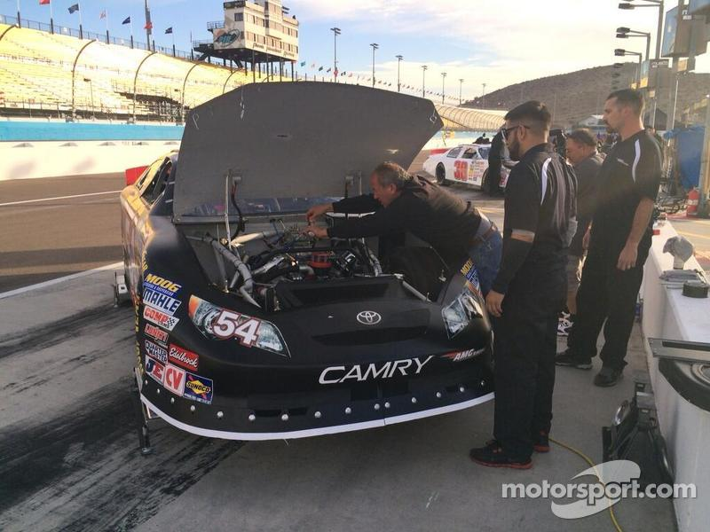 Gil watches engine builder and tuner Lee Schwartz work his magic on Anthony Giannone's K&N engine