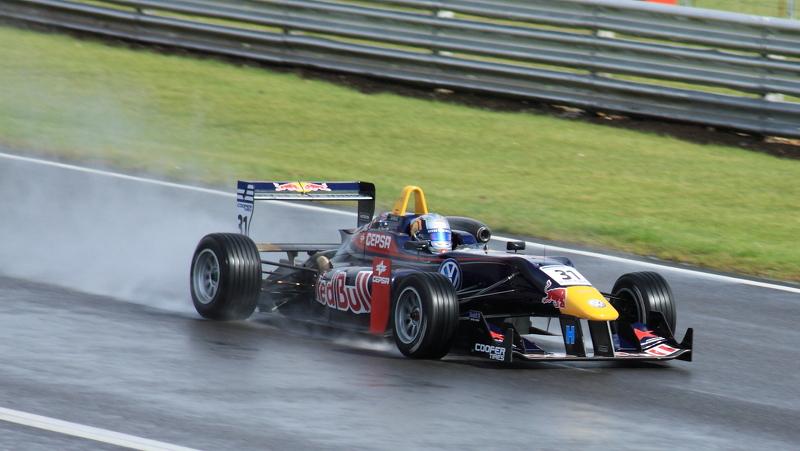 Carlos Sainz (Carlin) on the Senna Straight.