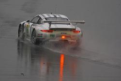 #92 Porsche in the rain