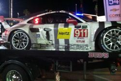 #911 Porsche damage