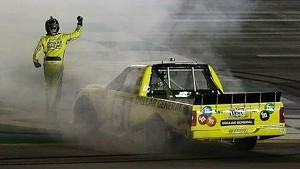 Busch wins in Kentucky, sets another record