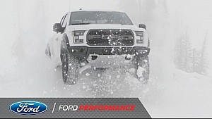 2017 Ford F-150 Raptor: Çift Egzoz Teknolojisi| F-150 Raptor | Ford Performance