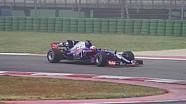Les premiers tours de la Scuderia Toro Rosso STR12