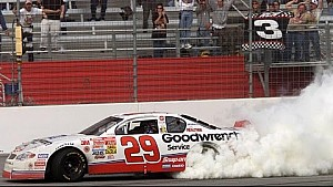 Atlanta 2001: Harvick siegt knapp vor Gordon