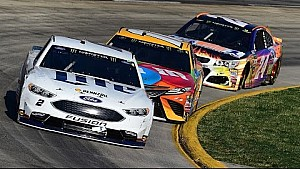 Batallas intensas en Martinsville