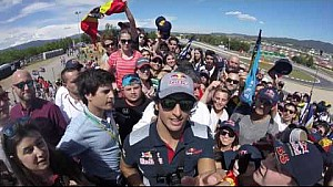 Home sweet home, Carlos at his grandstand - Scuderia Toro Rosso
