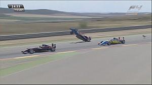Spaanse Formule 4 Aragon: Crash Smolyar