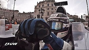 Onboard: F1-Demo in London