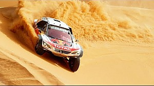 La Peugeot 3008 DKR in Super Slow Motion!