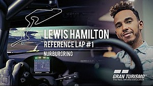 Hamilton, Nurburgring'de sürüş dersi veriyor